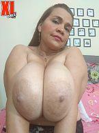 Big-Boobed Paola Zaguna At Home