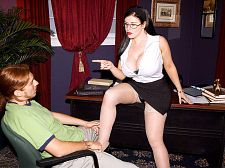 Daphne Rosen Shags Her Employee